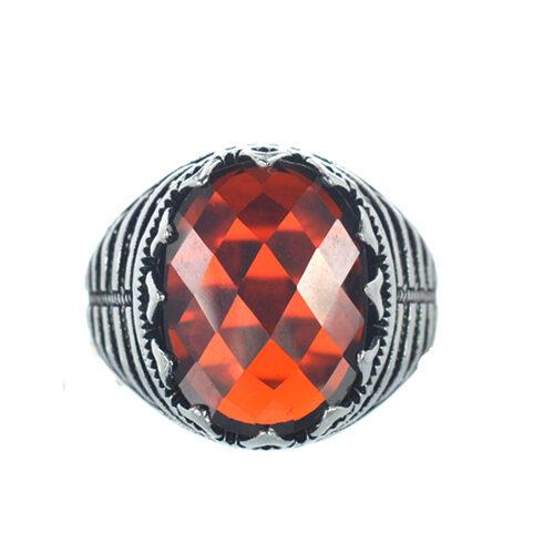 Ασημένιο 925 ανδρικό δαχτυλίδι με κόκκινο ζιργκόν
