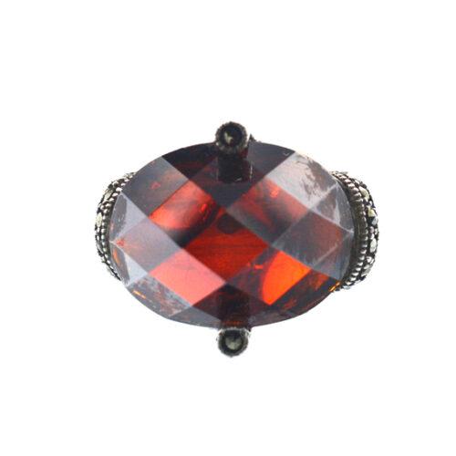 Ασημένιο 925 δαχτυλίδι με κόκκινο ζιργκόν και μαρκασίτη